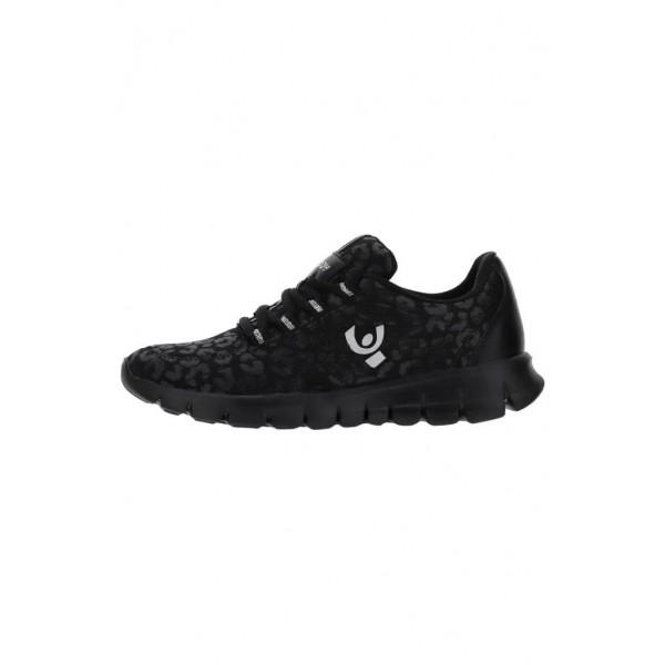 FREDDY Sneakers...